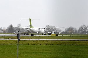 Lotnisko w Radomiu puste. Jak to zmieni�? Najlepiej by�oby je... rozbudowa�