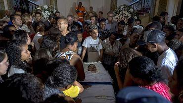 21.06.2018, Rio de Janeiro, pogrzeb 14-letniego Marcosa Viniciusa da Silvy, zabitego podczas policyjneh operacji w faweli Mare.