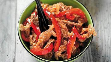 Wołowina z papryką po chińsku