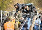 Nowy austriacki rząd chce wziąć uchodźców w karby
