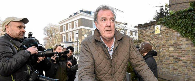 """Po zwolnieniu Clarksona: szef BBC otrzyma� 24-godzinn� ochron�. """"Gro�ono mu �mierci�''"""