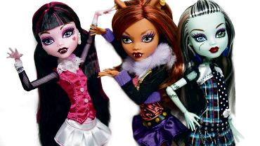 Nowa Barbie: Monster High to lalki inspirowane kinem grozy i straszydłami. Najpopularniejsze to: Monster High Draculaura, Monster High Clawdeen Wolf, Monster High Lagoona Blue i Monster High Operetta. 'Monster High' to także serial animowany - bohaterowie są spokrewnieni z Draculą, meduzami, mumiami, zombi, duchami, wilkołakami i wieloma innymi filmowymi potworami. I seria książek o Straszyceum i uczęszczających do niego bohaterach. Większość z nich ma 15-16 lat i wszyscy są potomkami potworów