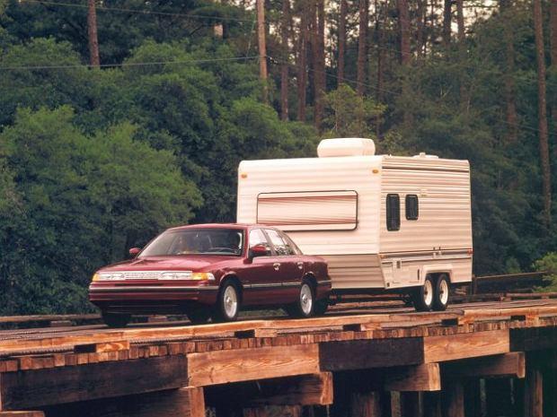 z10322014Q,Ford-Crown-Victoria--1992-1997-.jpg