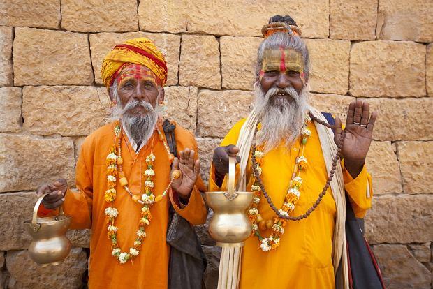 http://bi.gazeta.pl/im/4/10491/z10491974Q,Indie--mieszkancy-Indii--hindus.jpg