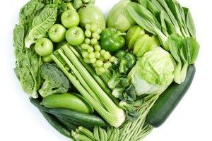Zielone warzywa chroni� przed rakiem. Dietetyk wyja�nia, jak to dok�adnie dzia�a