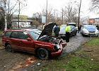 Wypadek na Wis�ostradzie. Auto wylecia�o z drogi
