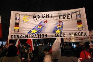 """""""Polska jak Chiny"""" na marszu PiS. Było spokojnie"""