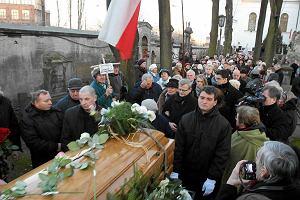 Violetta Villas pochowana na Pow�zkach [ZDJ�CIA]