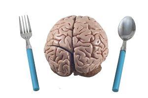 Im więcej jesz, tym szybciej starzeje się twój mózg