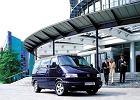 VOLKSWAGEN Transporter T4, rok produkcji 1999,  widok przedni prawy, samoch�d 4-drzwiowy, kolor czarny