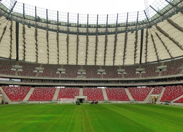 Kolejne premie za Stadion Narodowy. Po milion z� ka�da