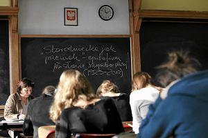 Ile zarabiaj� w szkole a ile na korepetycjach?