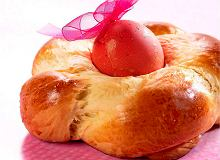 Greckie ciasto tsoureki - ugotuj