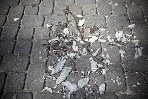 Azbest na Bojarach przy Wiktorii. By� po�ar, czas na sprz�tanie
