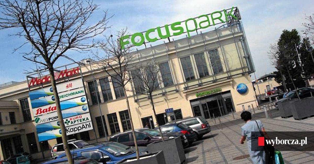 4743695892cbf W Focus Mall były Delikatesy Alma, a będzie Carrefour. Jeszcze w tym roku