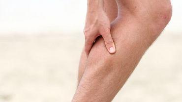 Ból nóg, obrzęki, pajączki - niemal za wszystkimi tego typu dolegliwościami kryją się problemy z żyłami. Leczy je flebolog