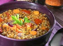 Zupa z brązowej soczewicy po bawarsku - ugotuj