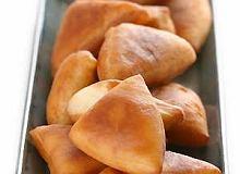 Mandazi (drożdżowe ciastka z mlekiem kokosowym) - ugotuj
