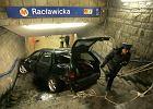 Warszawa: auto potr�ci�o pasa�era... na stacji metra
