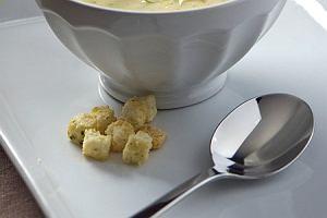 Zupa chrzanowa z szynk�