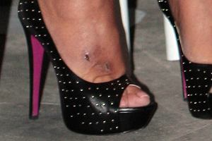 Czyja to stopa?
