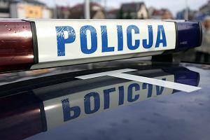 Policja zatrzymywała autobusy linii 190. Alarm bombowy