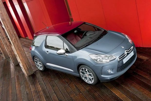 Citroën DS3 dro�szy od MINI