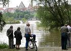Pow�d� w Polsce. Kolejne miasta szykuj� si� do walki z wielk� wod� [MINUTA PO MINUCIE]