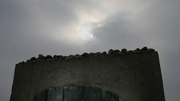 Jedwabne,pomnik w miejscu stodoły