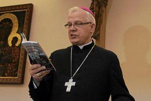 Abp Michalik do ksi�y: Nie b�d�cie pazerni