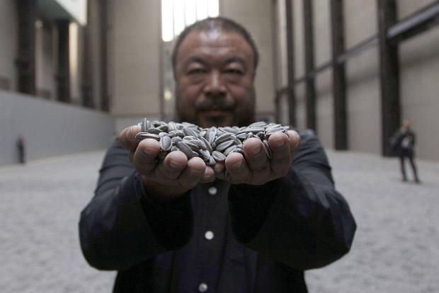 G�ra porcelanowych ziaren za 500 tys. dolar�w. Dzie�o Ai Weiwei'a sprzedane