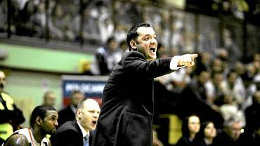 Trener Milija Bogicevic