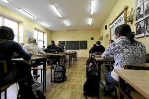 Z czym kojarzy się uczeń-cudzoziemiec? W ankiecie kuratorium - z kłopotami