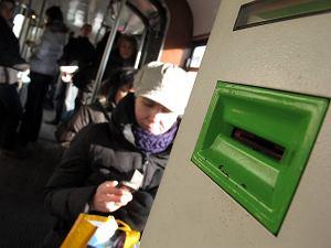 http://bi.gazeta.pl/im/4/9170/z9170634M,Dzieki-nowej-usludze--zamiast-kupowac-i-kasowac-bilety.jpg
