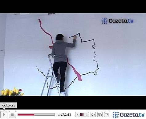 Zobacz jak warszawa wi tuje dzie kobiet wideo for Mural alternatywy 4