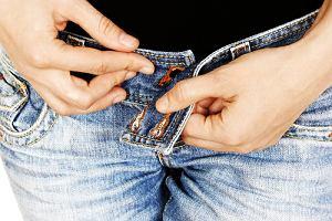 Jak dobrać jeansy do swojej sylwetki i jak je kupować, by nie żałować