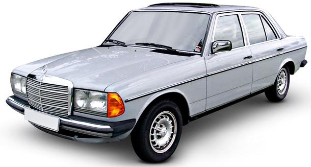 PRL,samochód, Mercedes W123, beczka