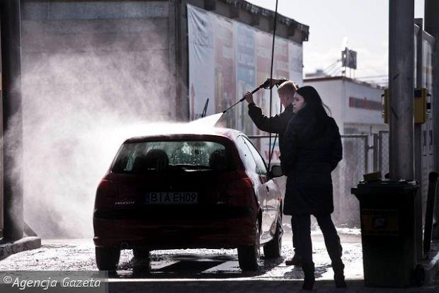 Mi�dzynarodowy Dzie� Mycia Samochod�w