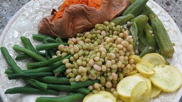 Letnie obiady pełne roślinnego białka są smaczne i pożywne