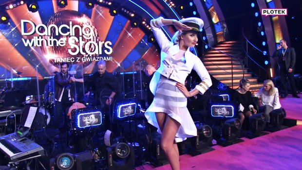 """Cleo zwykle prezentowała się w """"Tańcu z Gwiazdami"""" w dość skromnych kreacjach, przez co przy innych, śmielej ubranych uczestniczkach show, trochę """"ginęła"""". Ale już koniec tego!"""