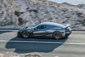 Porsche ma nowy pomysł na Teslę. Kupuje udziały w firmie, która stworzyła najszybszy samochód elektryczny na świecie