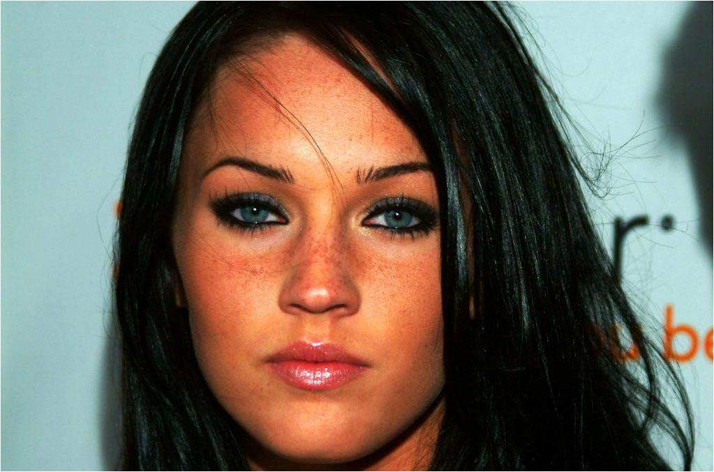 A tak prezentowała się Megan Fox na początku swojej kariery czyli w 2004 roku.