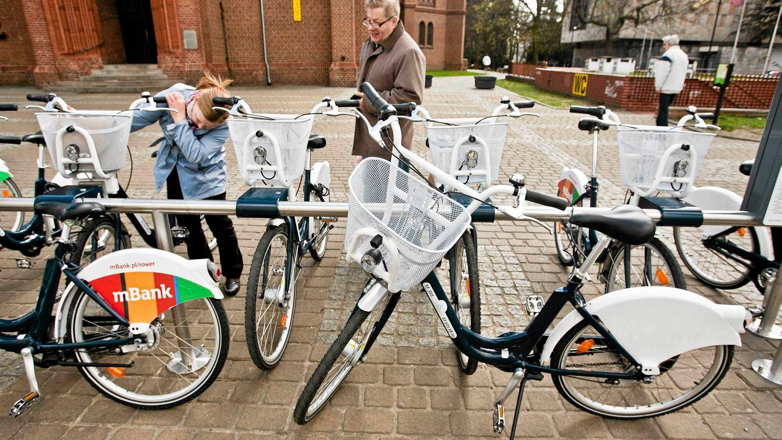 Rower przyszloscia miast i aglomeracji?- smart metropolia, debata ...