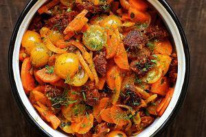 Gulasz marchewkowy zchorizo ifenkułem