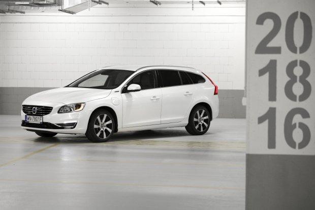 Volvo V60 Plug-in Hybrid   Test    Diesel z wtyczk�