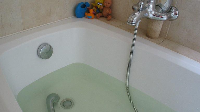 Kąpiel pod wiszącym bojlerem skończyła się tragicznie