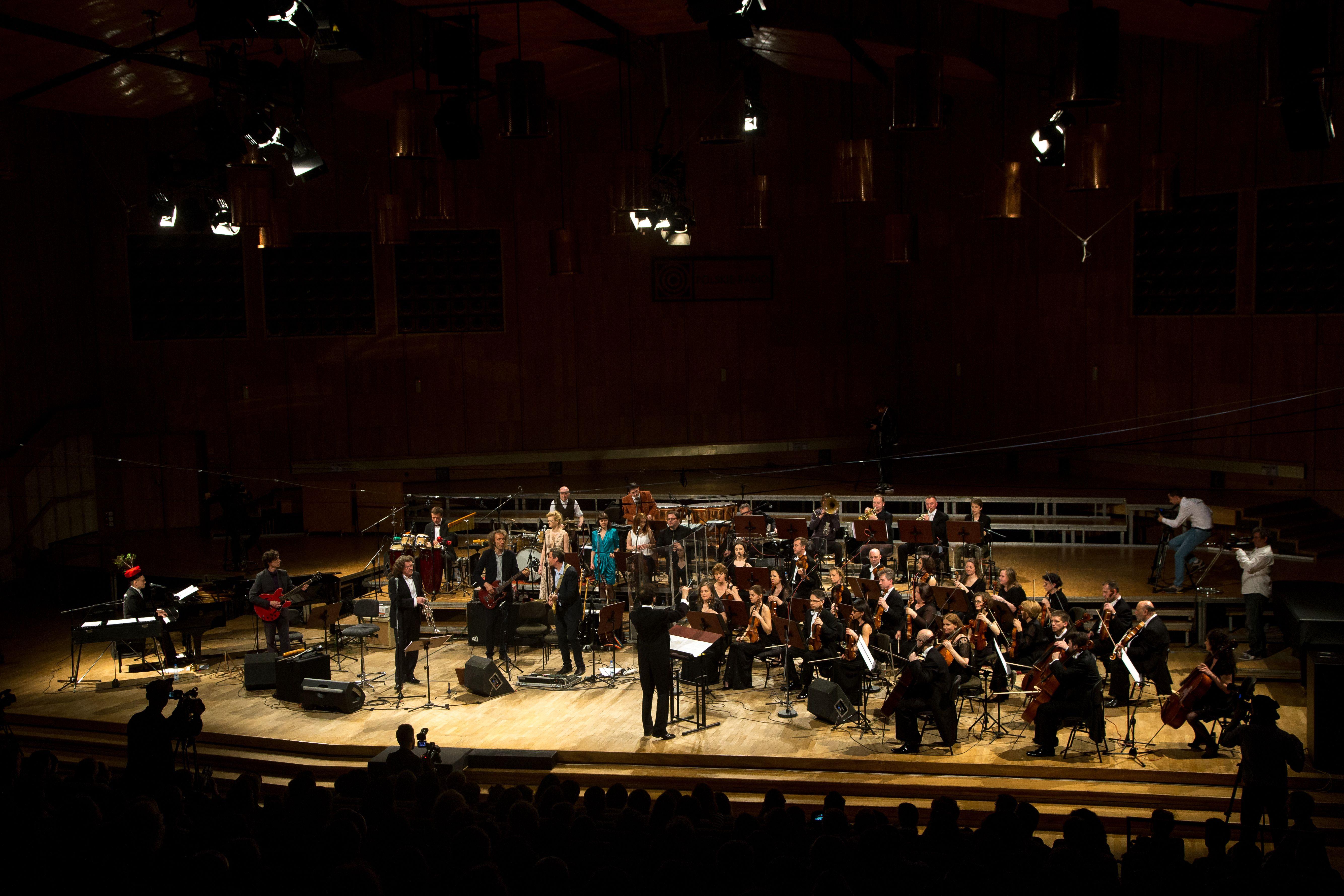 Zbigniew Wodecki podczas koncertu z zespołem Mitch & Mitch (fot. Michał Murawski)