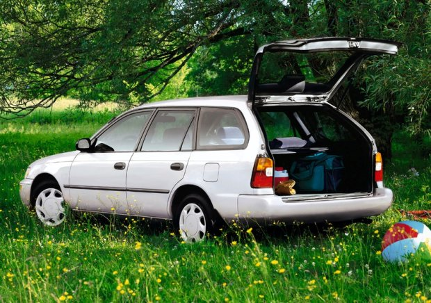 Toyota Corolla z 1992 roku