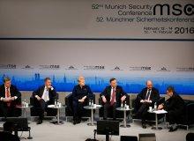 Rosja straszy w Monachium, ale dostaje silny odp�r. Dobrze, �e s�ycha� polski g�os [WIELI�SKI]