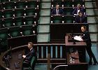 Projekt komitetu Ratujmy Kobiety przepadł w Sejmie. Ratujcie się same